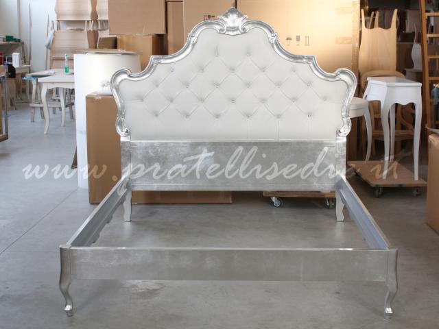 Letto barocco nuova pratelli mobili for Letto matrimoniale stile barocco