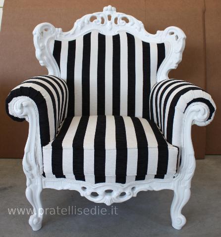 Laccato bianco con tessuto a righe bianche e nere